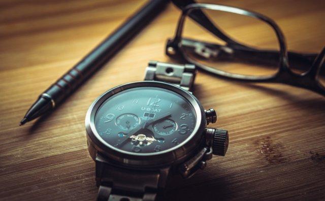 clock-1461689_1280