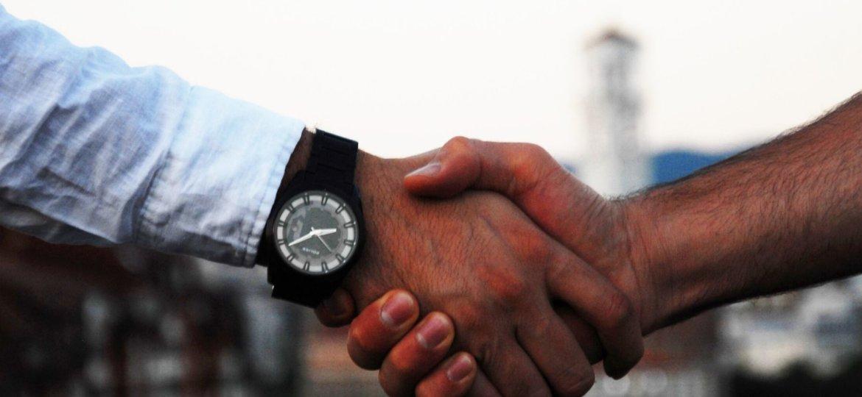 travailler avec un auto-entrepreneur